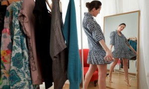 woman-trying-on-clothes-614x409-614x372